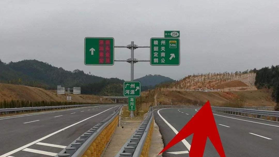 元宵节后车流量大,高速公路行车常识科普