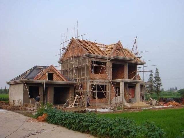 建筑俗语:家有滴泪屋,三年一场哭,你懂什么意思吗?