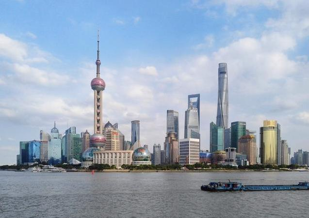 """""""空中造楼机""""中国建筑行业跨世纪的发展,中国力量日益强大!"""