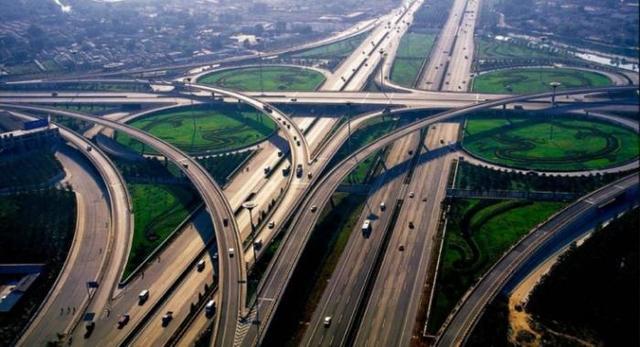 国家禁止用混凝土筑路。为什么?原因是什么?