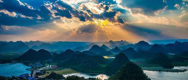 云南元阳梯田、建水古城、普者黑、罗平万亩油菜花8天摄影之旅