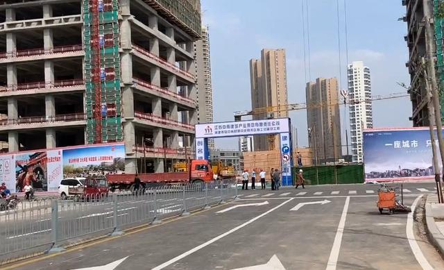 十年蜕变!泰安财源大街西段正式通车,连接龙潭路与校场街!