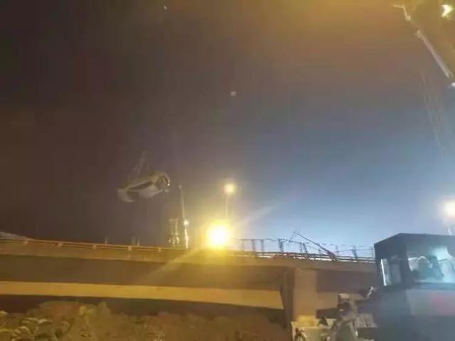 无锡高架桥侧翻事故3死2伤!初查原因通报