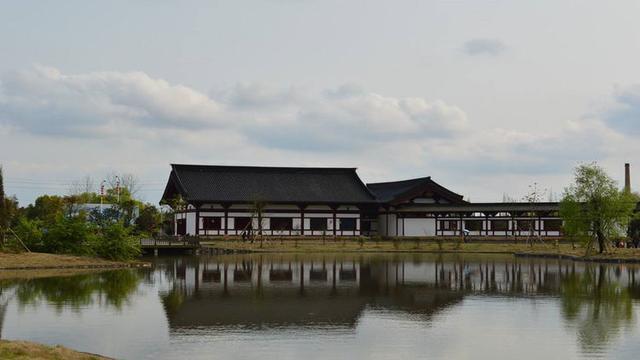 我国最古老的村落,距今有1800年,至今保存着明清时期古建筑